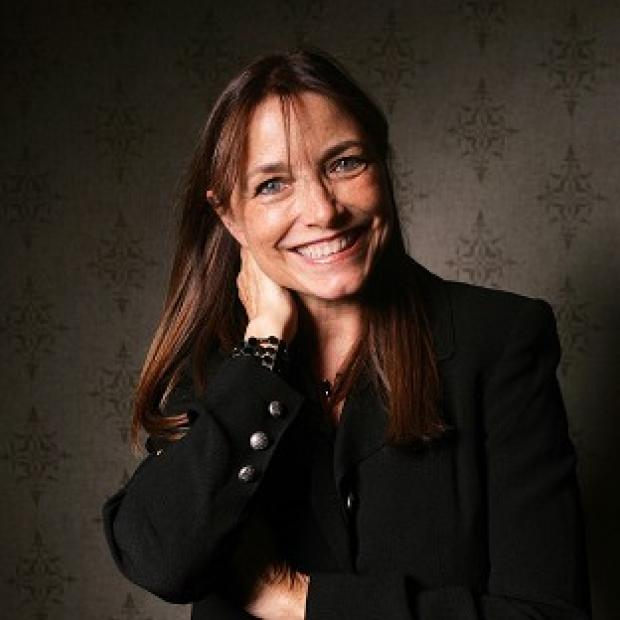 Karen Allen prefers real stunts to CGI