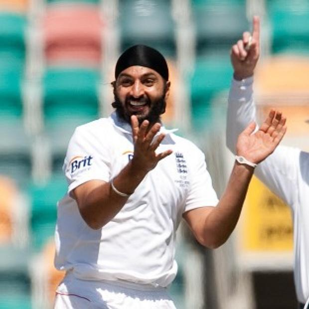 England's Monty Panesar finished day one with figures of four for 91