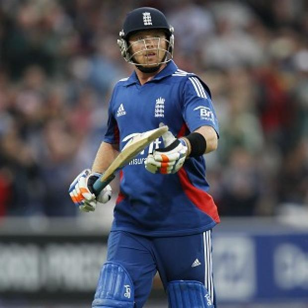 Ian Bell was one of three England wickets to fall early on