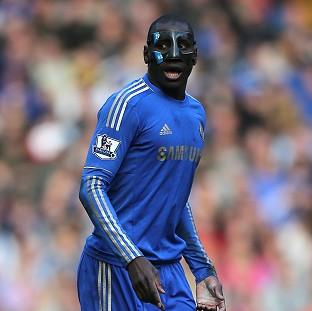 Demba Ba is hoping Chelsea can put pressure on Manchester City when they meet this weekend