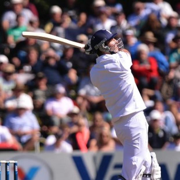 Steven Finn hit an unbeante 42 as England looked on course to draw first Test