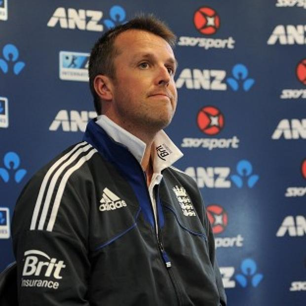 Graeme Swann has underone an operation on his injured right elbow