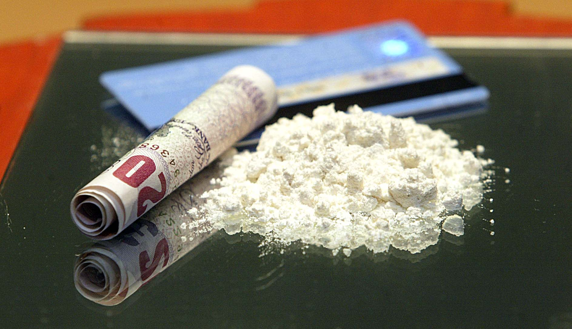 Burnley crack cocaine dealer walks free after surrendering himself