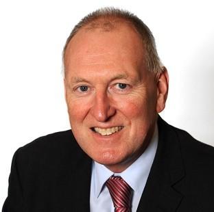 Burnley and Pendle Citizen: Labour MP Paul Goggins has died a week after collapsing while out running