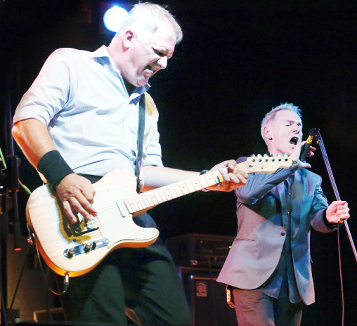 Dr Feelgood in action at the festival