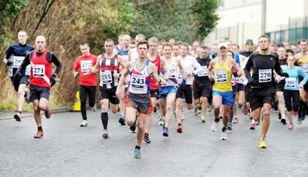 Burnley and Pendle Citizen: And they're off... runners in the main race set off en mass
