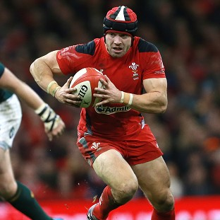 Halfpenny committed to Wales