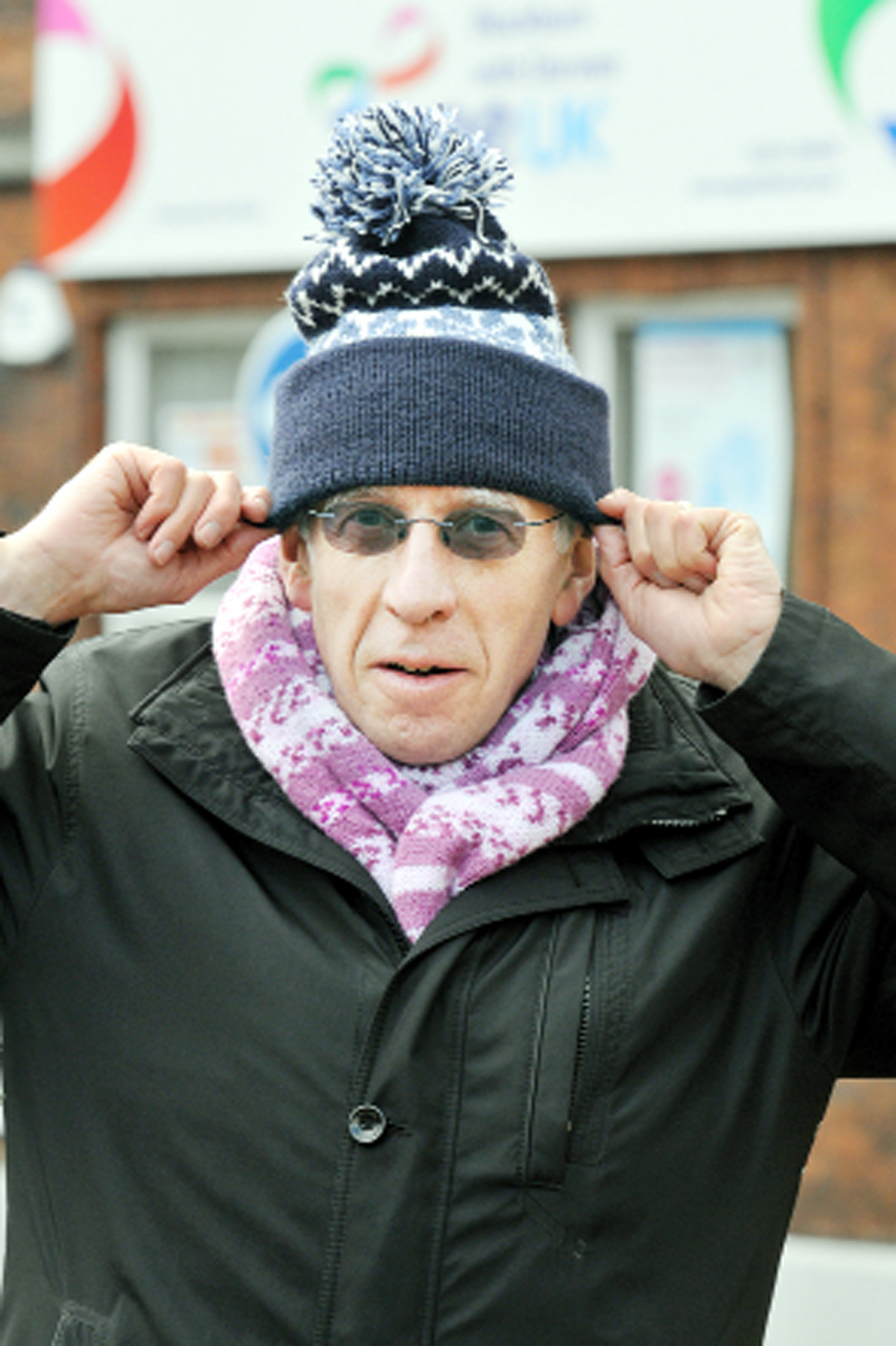 Blackburn MP Jack Straw warms to Bobble Day