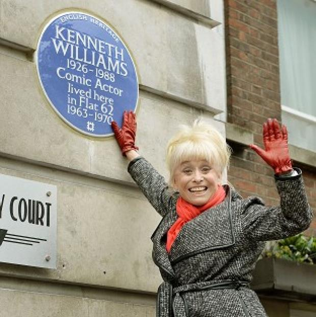 Burnley and Pendle Citizen: Barbara Windsor with an English Heritage blue plaque for Kenneth Williams