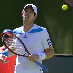 Frustrated Murray battles through