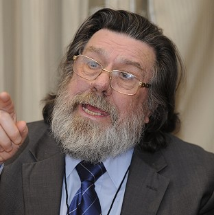 Ricky Tomlinson is to play Mike Bassett again