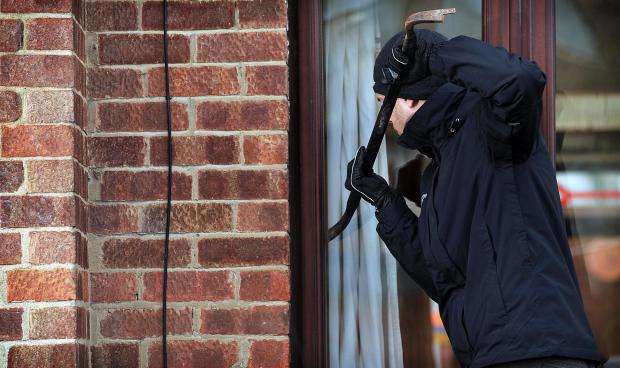 East Lancs residents urged to keep windows and doo