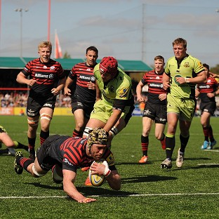 Kelly Brown goes over for a Saracens try