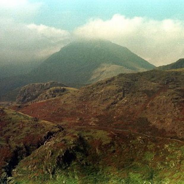 Burnley and Pendle Citizen: A man has died following a fall near Mount Snowdon, police said