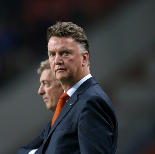 Manchester United say there is no deal with Louis van Gaal