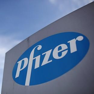 Drugs firm AstraZeneca has rejected an increased offer from US rival Pfizer