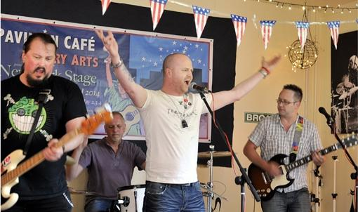 Burnley and Pendle Citizen: Burnley Blues Festival hits the right note with fans