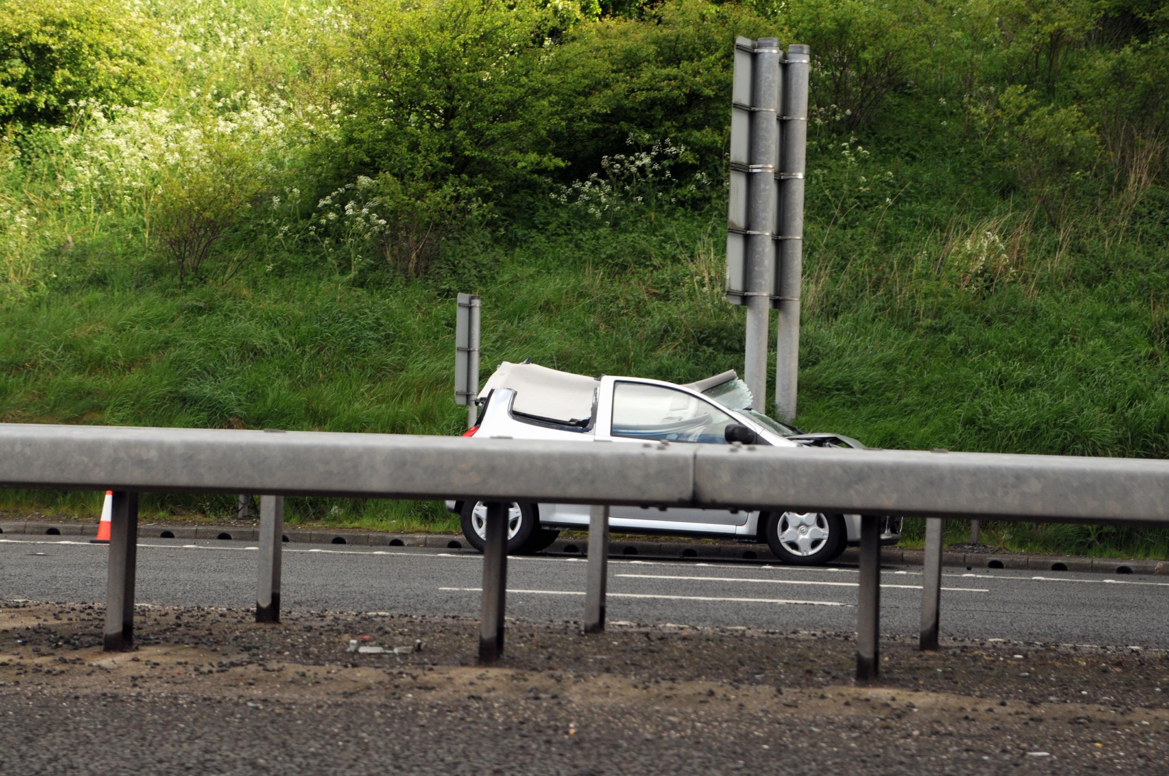Two lanes closed on M65 after three car smash