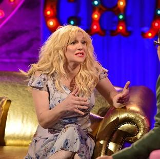 Courtney Love chats dating with Alan Carr (Open Mike)
