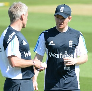 Eoin Morgan, right, will again captain England's Twenty20 side in Stuart Broad's absence on Tuesday