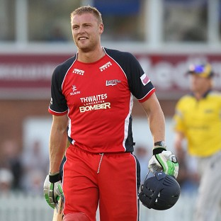 Andrew Flintoff has held talks with Lancashire about playing Twenty20 cricket for them this season
