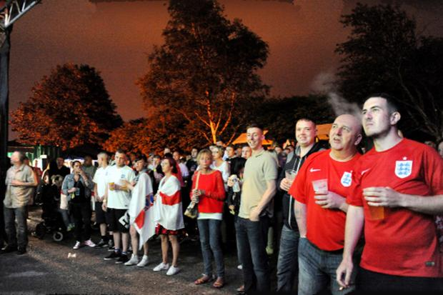 Burnley and Pendle Citizen: England fans at the Havelock Inn