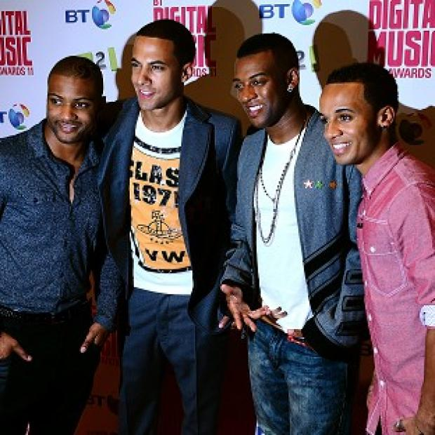 Burnley and Pendle Citizen: JLS will reunite at Frankie Sandford's wedding