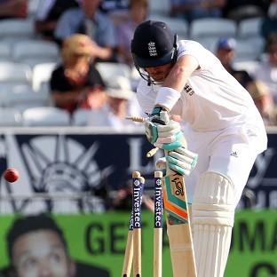 England's Ian Bell, pictured, expects Alastair Cook to stay on as captain