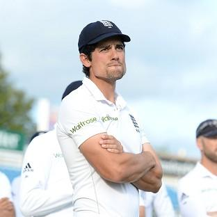 Alastair Cook will not stand down as England captain