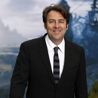 Jonathan Ross will take part in a celebrity version of Tipping Point