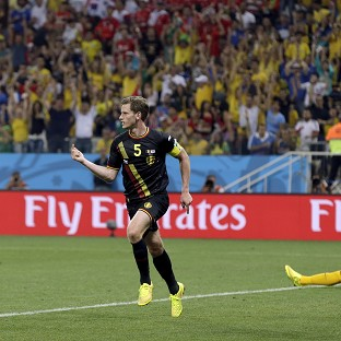 Jan Vertonghen celebrates scoring the winner (AP)