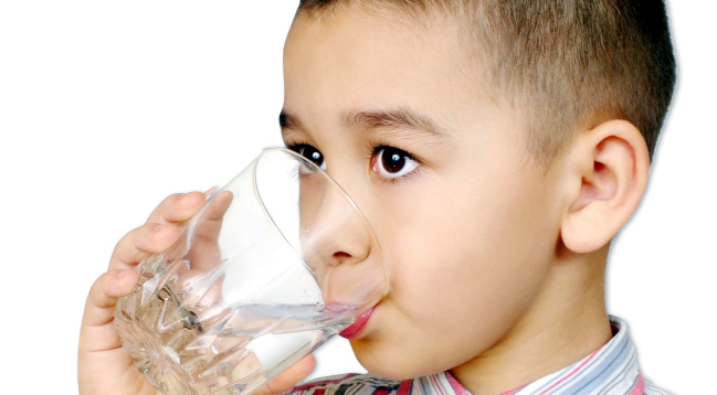 Children are being encouraged to drink water