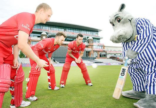 Silentnight's Hippo takes to the pitch with Lancashire County Cricket Club's Karl Brown, Arron Lilley and Jordan Clark to celebrate the new partnership