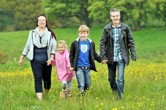 Mandy and Steven Worsley with children James and Jessica